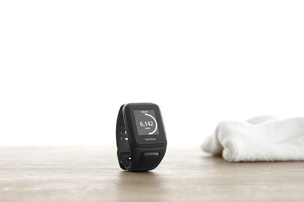 TomTom Spark Cardio + Music GPS Fitness Watch (1)