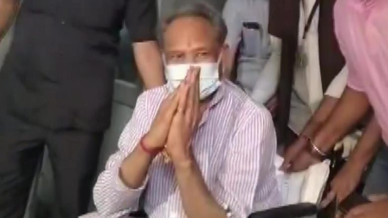 Ashok Gehlot Discharged From Hospital After Angioplasty, See Pics | 📰 LatestLY
