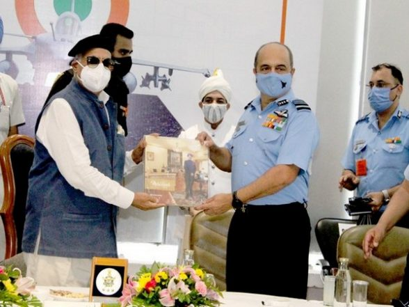 India News   Chandigarh Administration, Indian Air Force Sign 'Agreed in Principle' to Set Up Air Force Heritage Centre   LatestLY