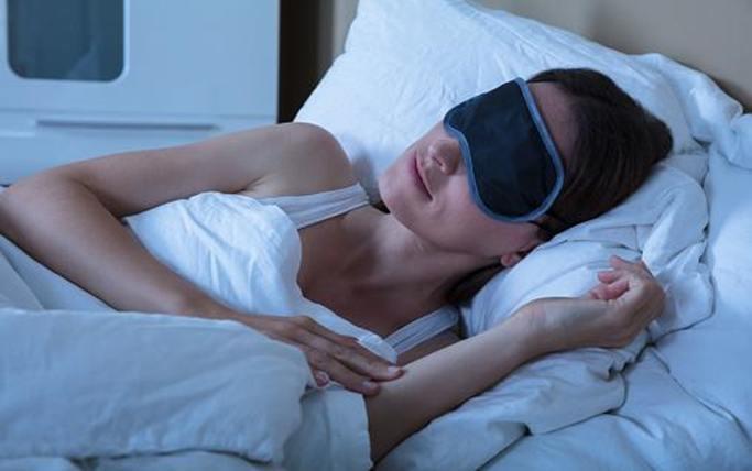 Why A Sleep Mask Might Be the Key to Deep Sleep?