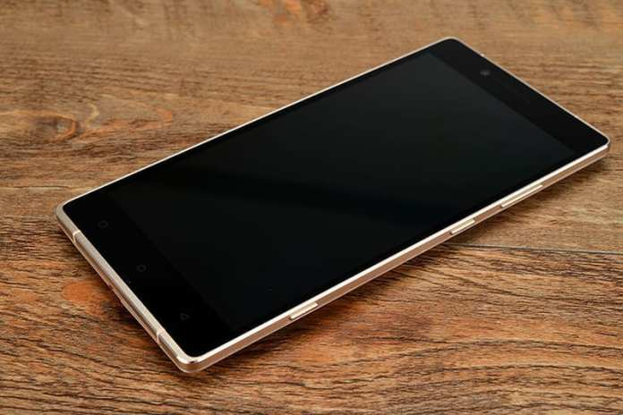 Gionee Elife E8 hands on IT168 image 1