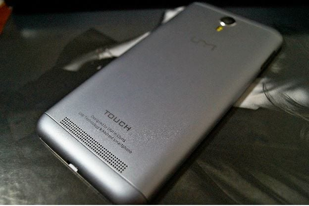 UMi TOUCH battery