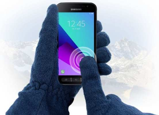 Samsung Galaxy Xcover 4 Gloved use