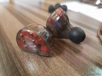 KZ ZS10 In-Ear Earphones12