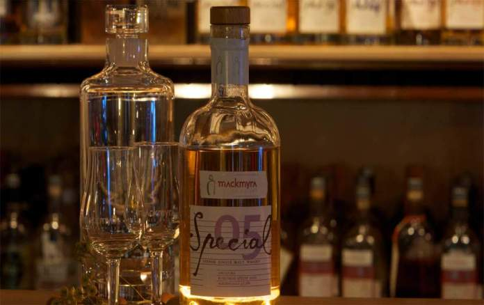 The Worlds First AI Created Whisky By Microsoft
