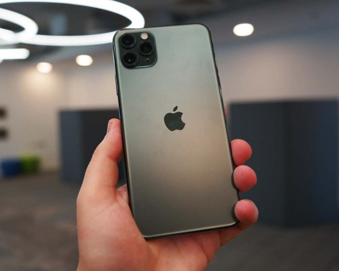 iPhone 11 Pro Max Water Proof Water-Resistant
