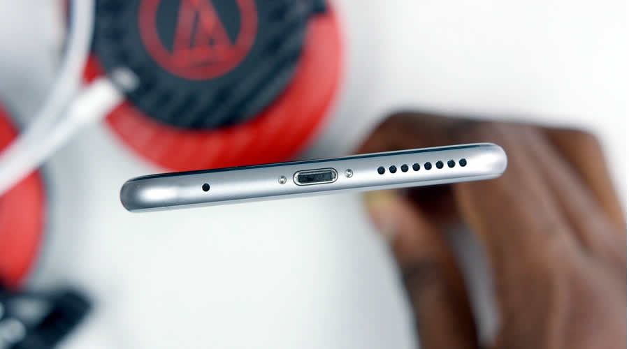After iPhone 7 Now Samsung Galaxy S8 Going To Ditch Headphone Jack