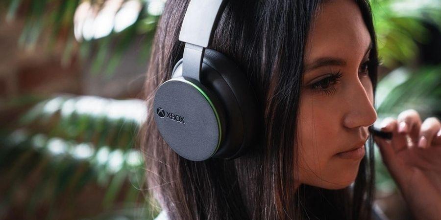 Microsoft unveils Xbox Wireless Headset at $100