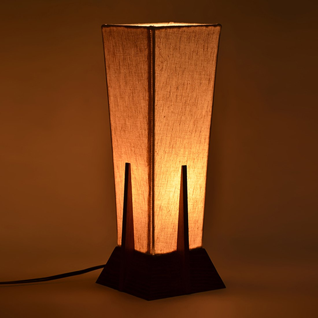 ExclusiveLane 14 Inch Pyramid Wooden Table Lamp