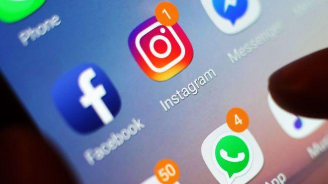 US demands social media details