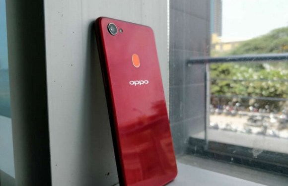 OPPO F7 Review: More than just great selfies