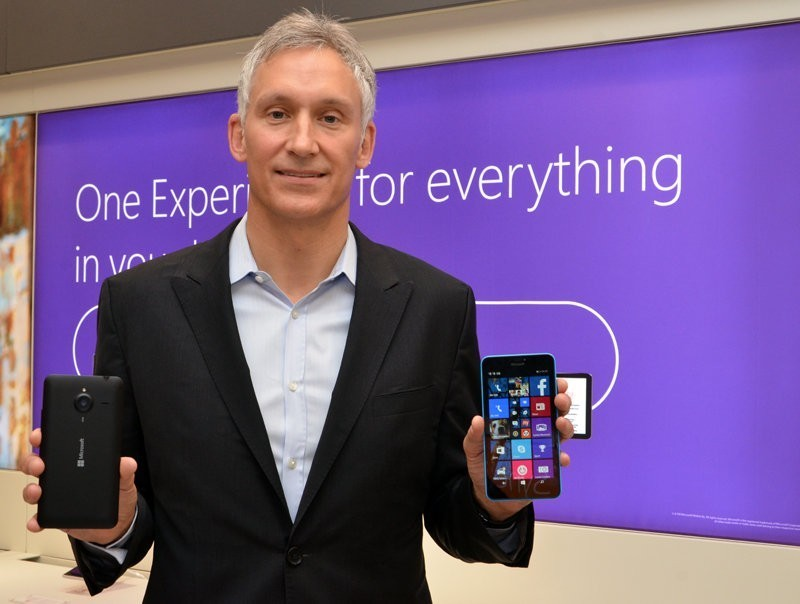 microsoft replaces nokia stores with reseller stores