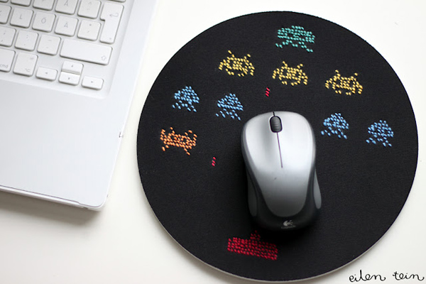 space invaders mouse pad
