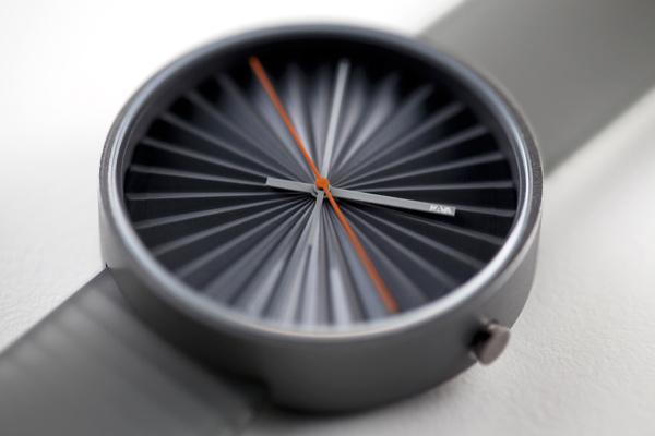 plicate watch origami nava