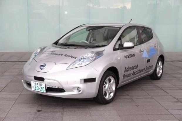 nissan robot car 620x413