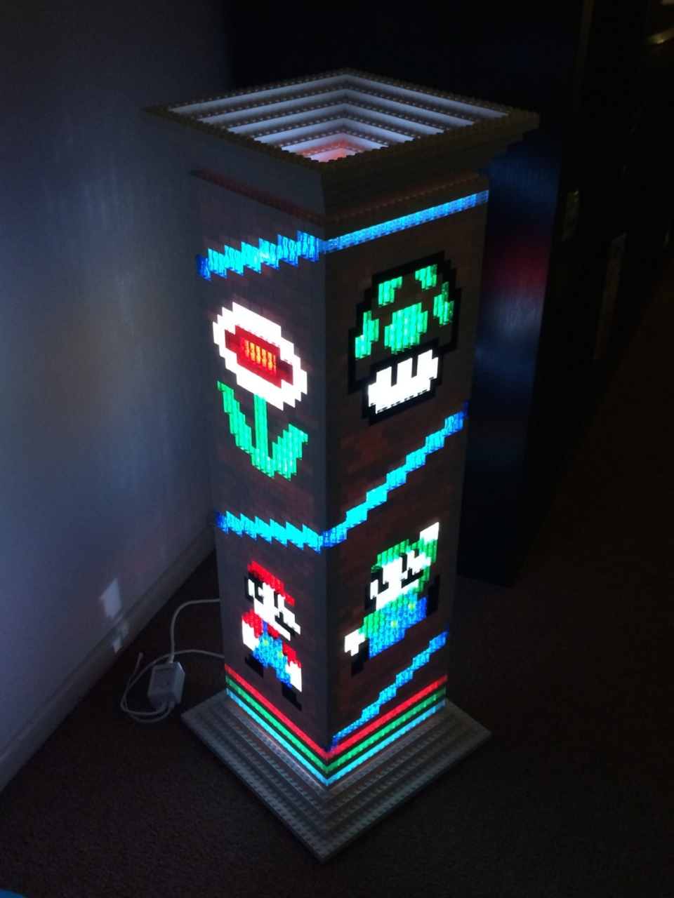 Mario Brothers LEGO Lamp Is a Classy Gamer Night Light   Technabob Mario Brothers LEGO Lamp Is a Classy Gamer Night Light