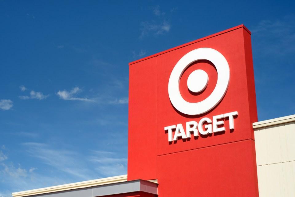 타겟(Target), 조용히 블록체인을 하고 있었다