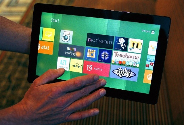 Microsoft set to pit Surface against the iPad