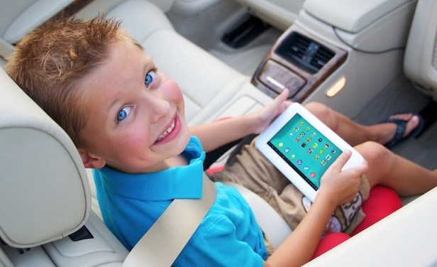 Toys R US to offer tabeo, the tablet for kids