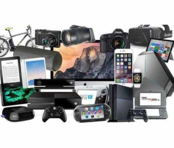 Projector Deals, Markdowns and Samsung Galaxy S9 Bundles