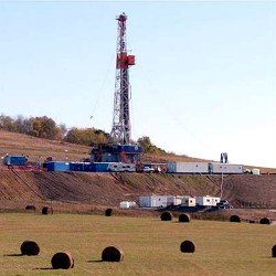 Marcellus shale gas well in West Virginia (dep.wv.gov)