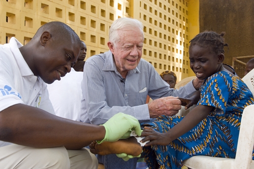 Jimmy Carter at African clinic