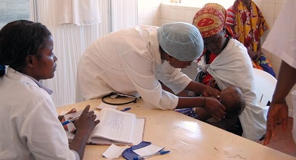 Giving anti-malaria drugs