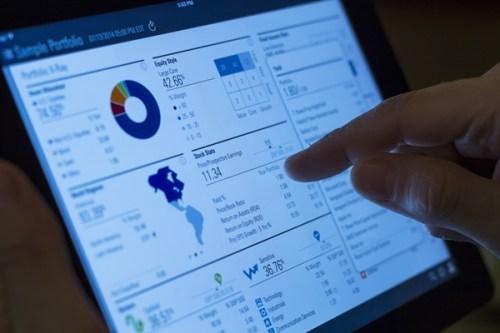 Investor screen