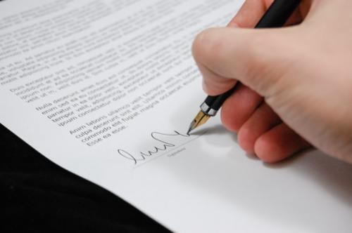 Signing document