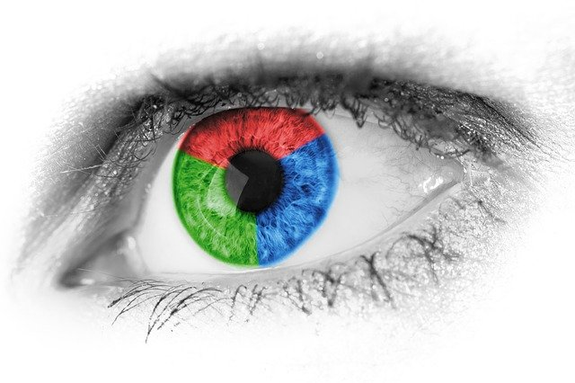 Red-blue-green eye