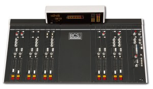 Console analogique broadcast Dateq BCS70