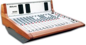 Console analogique broadcast Rami RP2000S