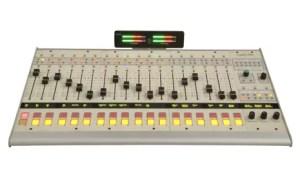 Logitek pilot console numerique IP Broadcast radio