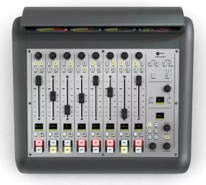 Console Axia Radius top