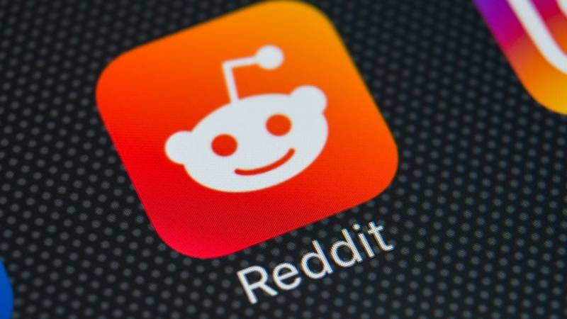 How You Can Read Deleted Reddit Posts