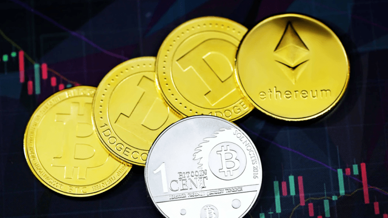 Do You Need to Take Part in Global Crypto Rush? For and Against of Cryptocurrency Investments