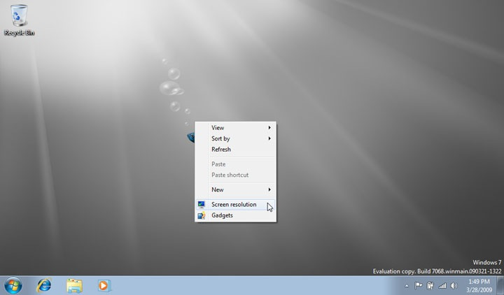 Windows 7 Starter: Like my background? Well, you're stuck with it