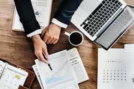 Jak skutecznie inwestować na rynkach finansowych?
