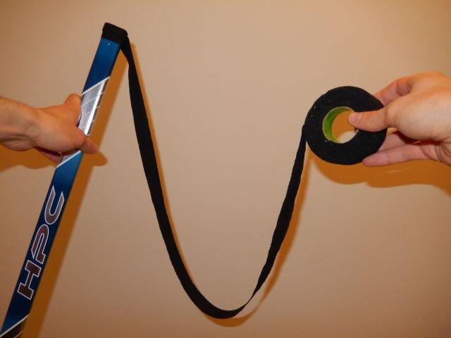 Comment taper le manche de son baton de hockey 5