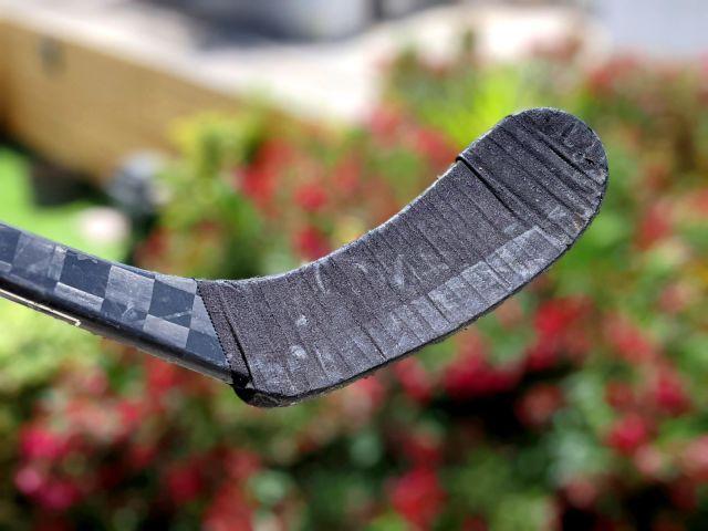 Hockey Wraparound monté et tapé sur ma palette de hockey