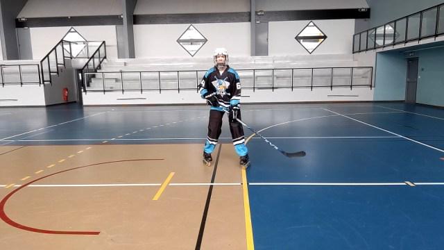 Patiner en croisant les jambes - Rapprochement des patins en V - Technique-Hockey