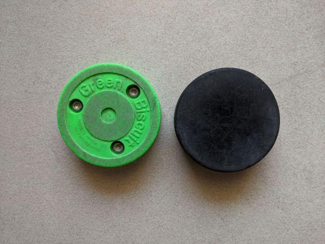 Taille d'un Green Biscuit et d'une rondelle de hockey - Technique-Hockey