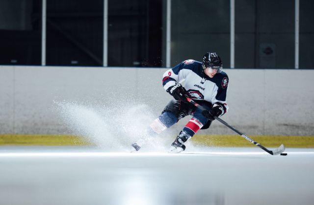Valentin Grandhaye sur la glace - Oroks