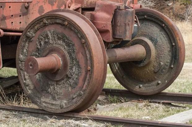 train wheels axle design