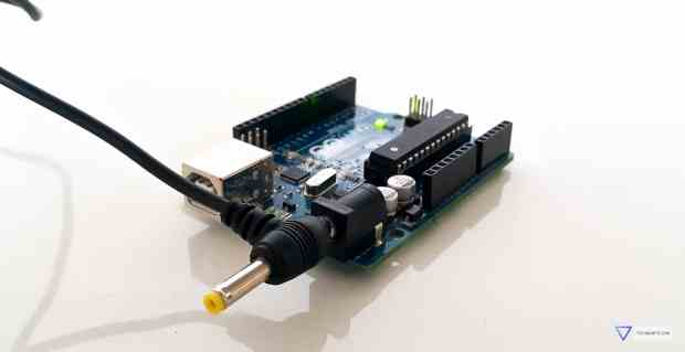 Power up the Arduino using AC-DC adapter