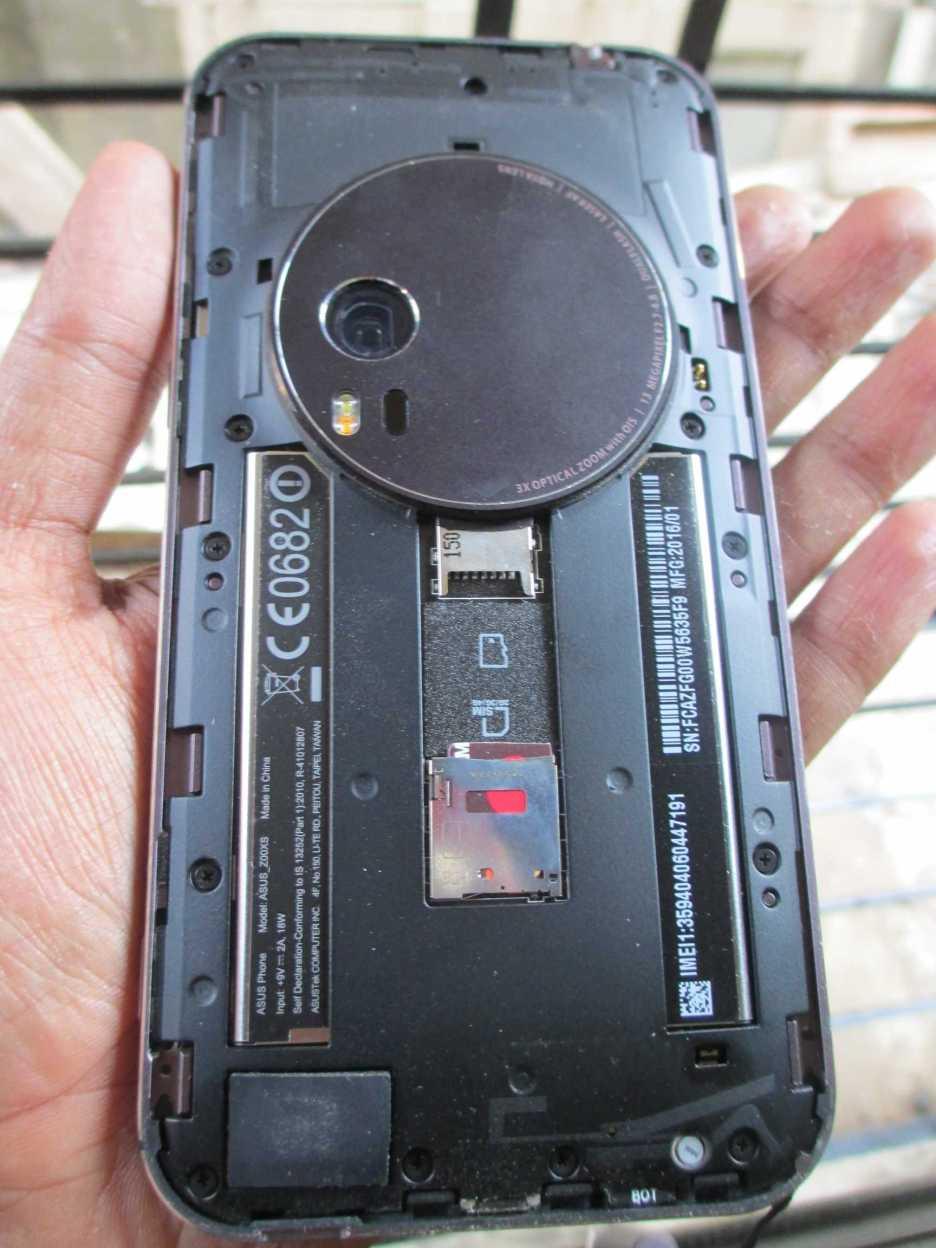 A look Inside! Single SIM, Micro SD card