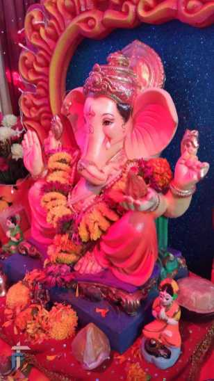 Lord Ganesha - shades of red and pink
