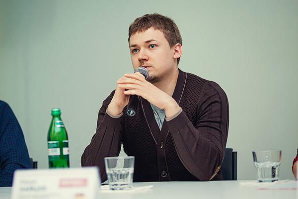 Консультант по проектам Иван Гурин