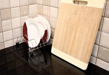 Livzing Bamboo Wooden Kitchen Chopping Cutting Slicing Board Large with Handle for Fruits Vegetables Meat (25 * 36 * 2)
