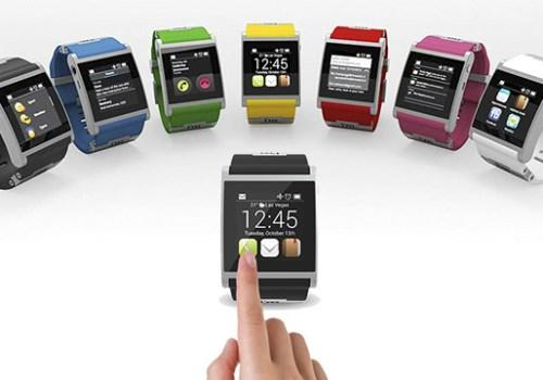 एप्पलले विभिन्न श्रेणीको घडी ल्यायो, मूल्य १७ हजार अमेरिकी डलरसम्म